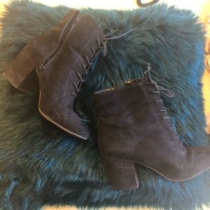 heeled witch boots size 10